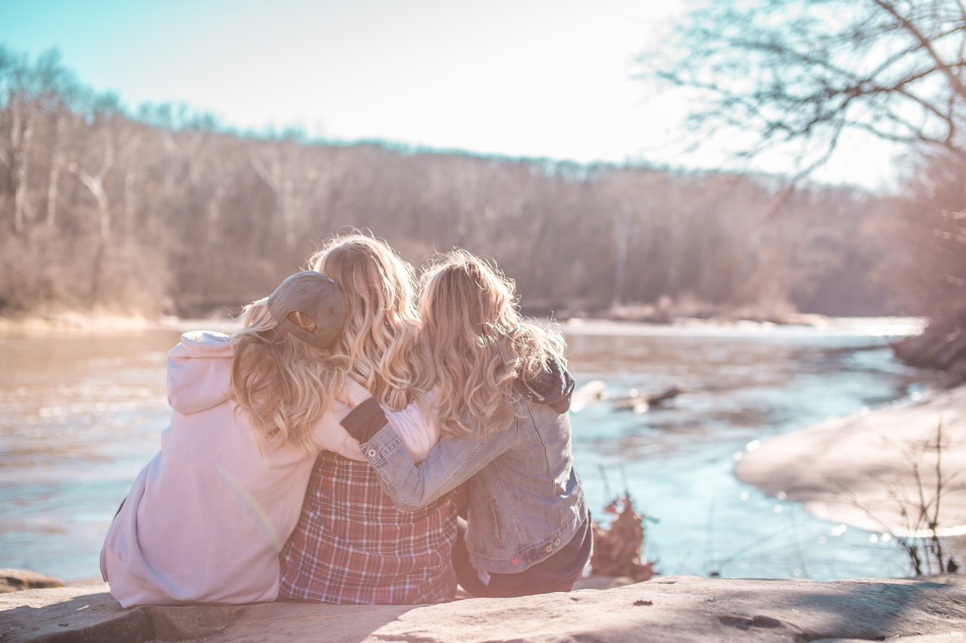 8-reasons-to-love-yourself-3(s)-unsplash